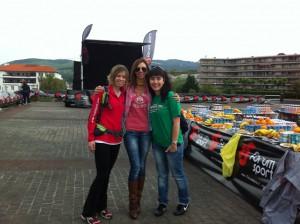 Izaskun Casas e Itziar de Forum Sport, junto a Marta Fernández Rivera